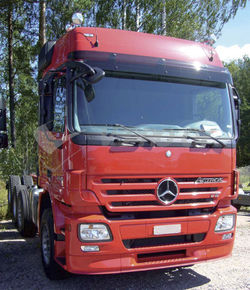 MB Actros MP2 Eurocab/Mega Space, AURINKOSUOJA