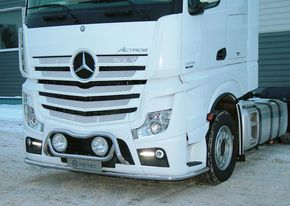 MB ACTROS MP4, PUSKURINSUOJARAUTA LED