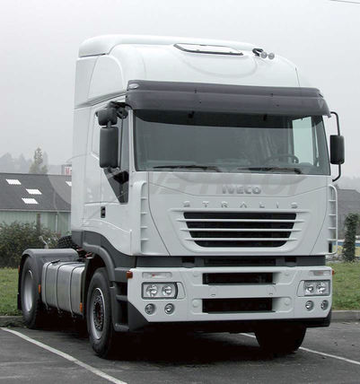 Iveco Stralis AS -2006, AURINKOSUOJA