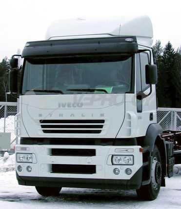 Iveco Stralis AT/AD -2006, AURINKOSUOJA