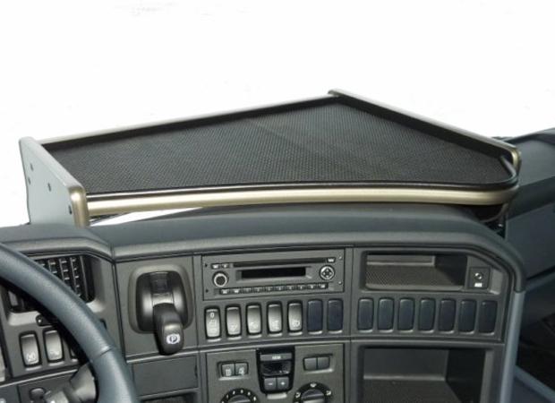 Scania R sarja 2009 ja 2013 , PÖYTÄ KUSKIN PUOLELLE